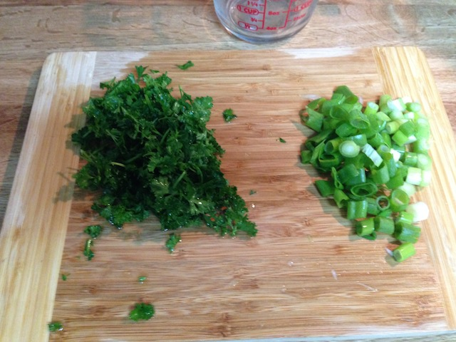 Left: parsley. Right: green onion.